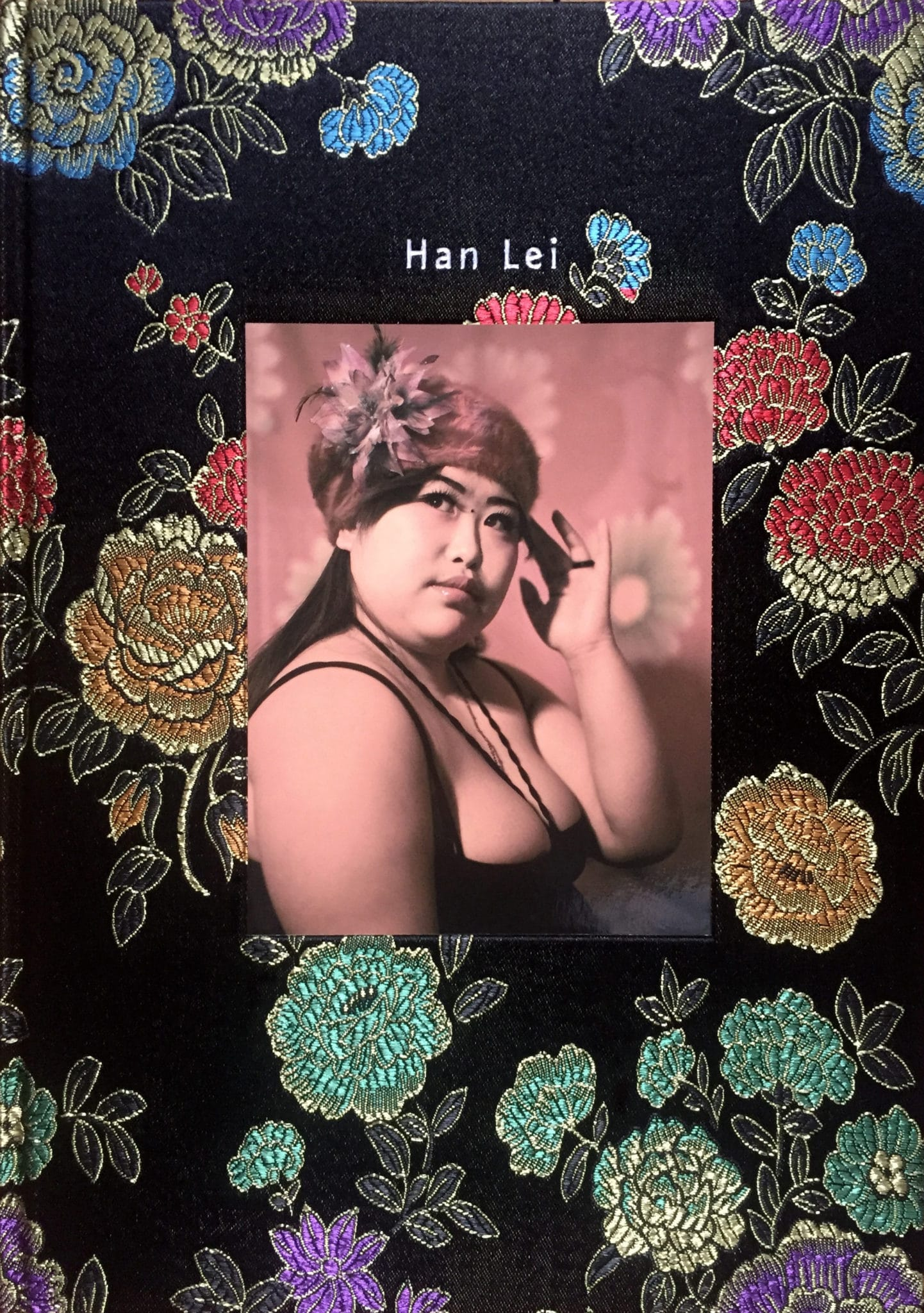 Han Lei, BeSpoke Collection N°2, Limited to 250 copies with a signed and numbered c-print by the artist, 160mm X 240mm, hard cover,cloth binding and more…