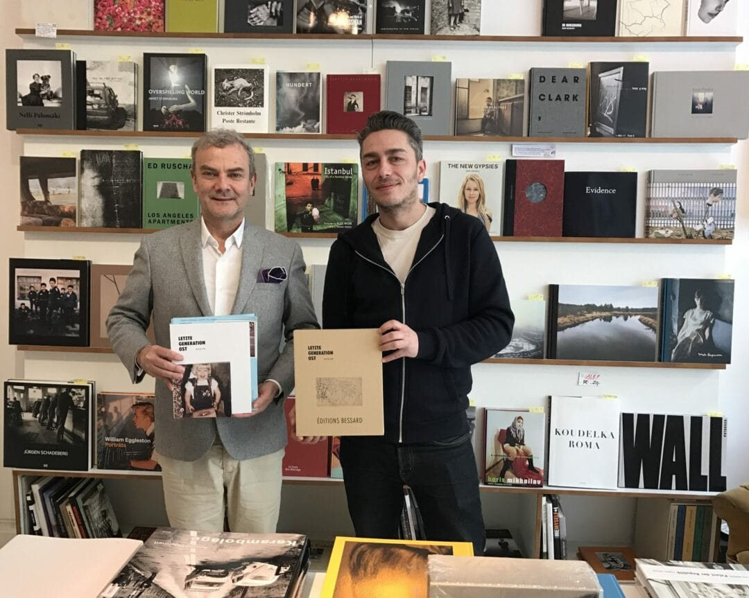 Always a pleasure to stop by Bildband in Berlin Immanuelkirchstr.33, and talk to  Thomas Gust We're holding each other's book ! Kristin Trüb by Éditions Bessard. He's incredibly knowledgeable about everything he carries. I learned a few things today.