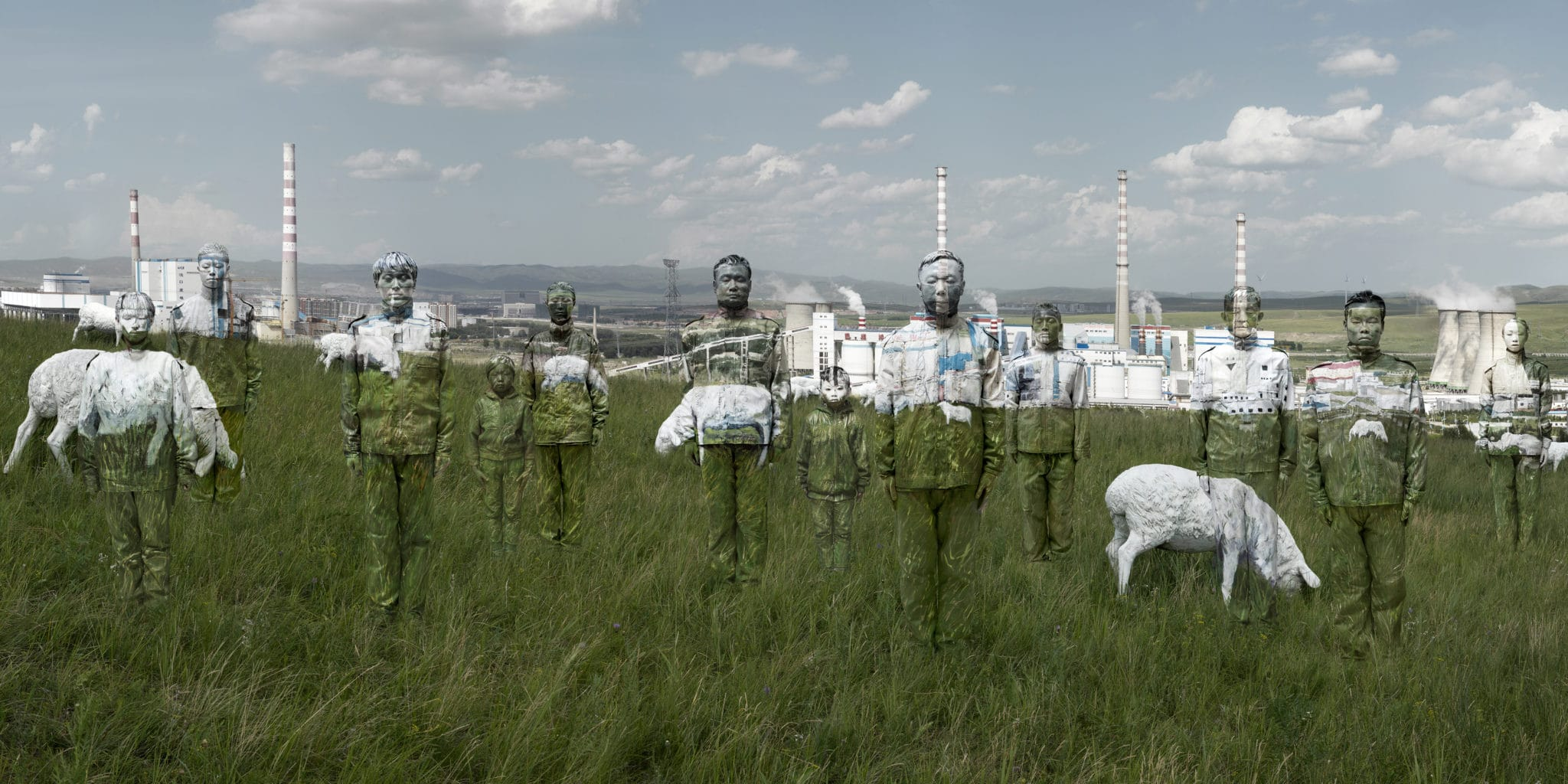 Pollution project by the Chinese artist Liu Bolin, a photobook to come soon…