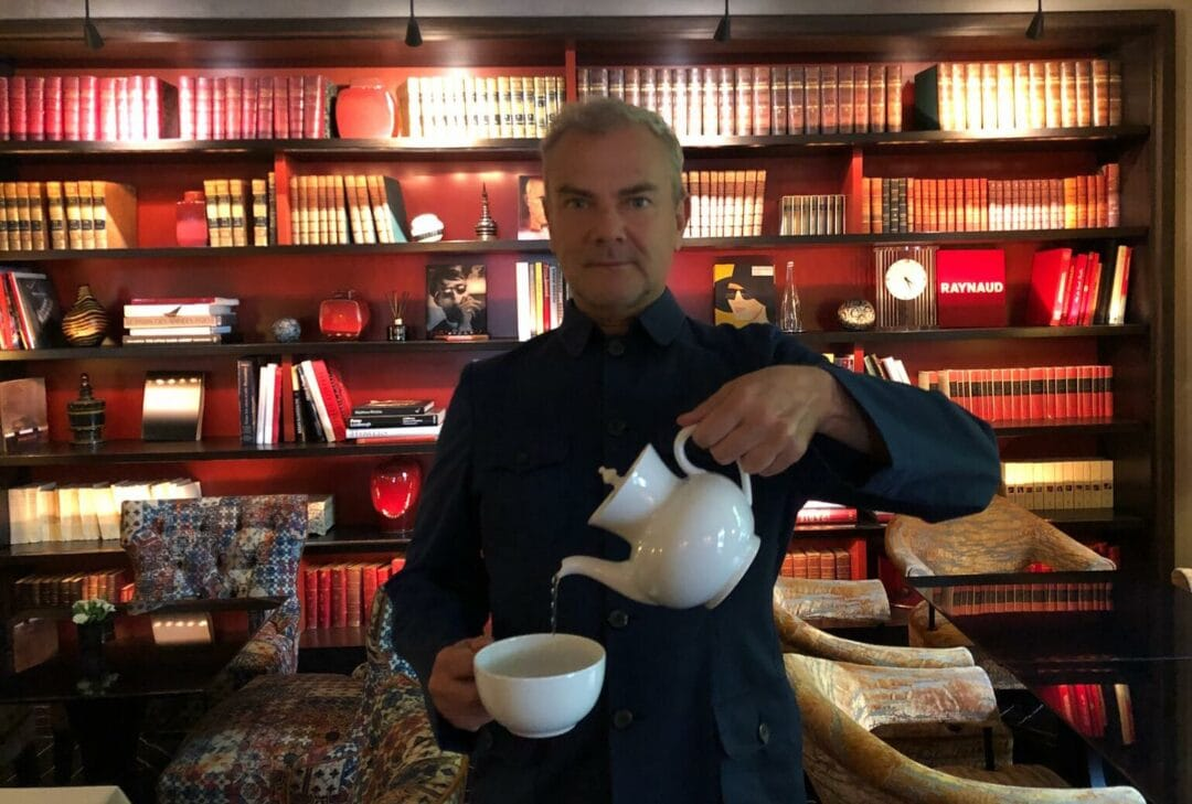 In mode green tea at the palace Pavillon de la Reine. Feeling good Pierre Bessard