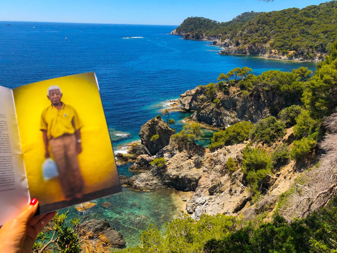 NEW collection: L'IMPERIALE COLLECTION N•1 by the #Brazilian #photographer Claudio Edinger taking sun on the Mediterranean, presqu'île de Giens. Limited Edition 250 copies with signed c print and only 36€ !